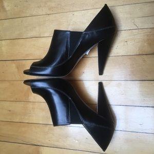 Boutique 9, Leather pumps, Size 5 1/2